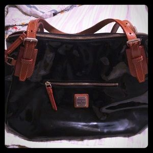 Dooney & Bourke Black Patent Leather Purse w/brown